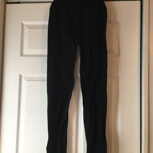 Black fleece-lined leggings